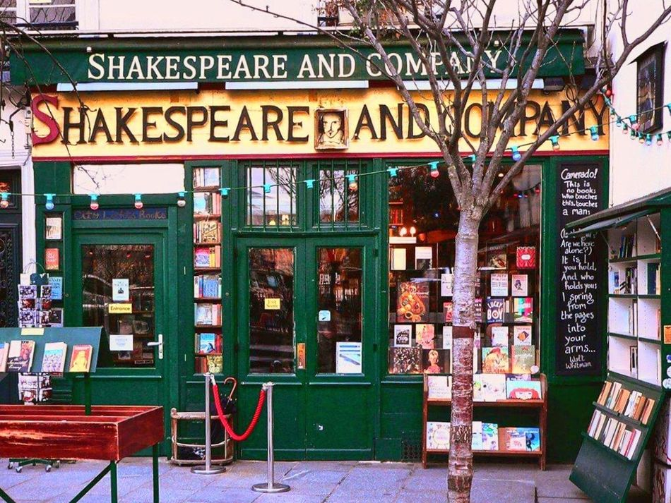 Shakespeare Shakespeare And Company Paris Bookshop Bookshelf Books Text Architecture Built Structure Building Exterior Outdoors City Day No People Paris Tree Streetphotography Saint-Michel Notre-Dame Green Green Color