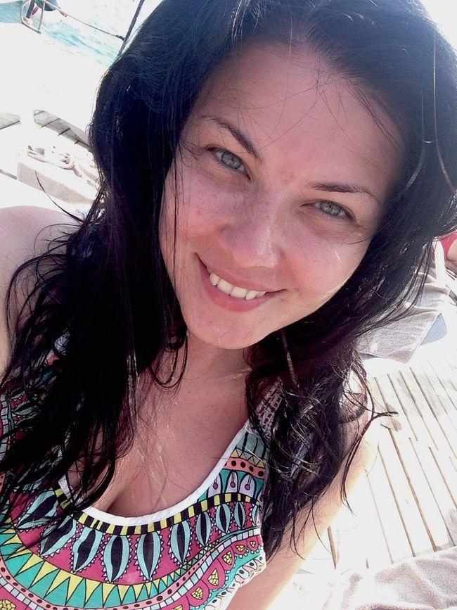 Happy memories Enjoying The Sun Sea Smile Getting A Tan Beauty ThatsMe Happiness Beautiful Girl Nomakeup Relaxing