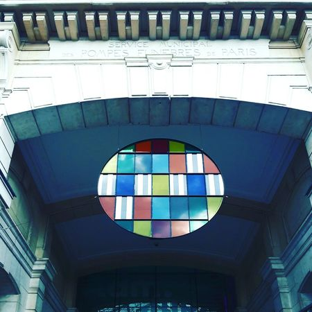 Vitrail Stained Glass Old Buildings Stone City Multi Colored Architecture No People Arts Culture And Entertainment