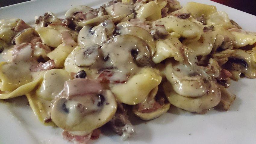 Whatsonmyplate esta noche Pasta Tortellini  con Champions Food Photography Foodspotting