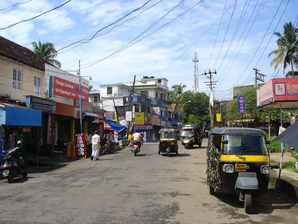 Downtown Indialife Kochin Mode Of Transport Road Road Sky Town