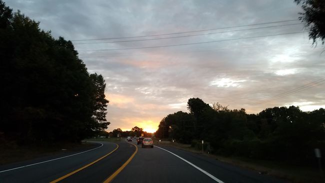 Transportation Tree Road The Way Forward Mode Of Transport Road Marking Sky Cloud - Sky Land Vehicle Diminishing Perspective Cloud Cloudy Vanishing Point Outdoors Day Scenics Photo From My Truck Samsung Photography Samsung Galaxy S7 Edge Sunrise On The Way To Work