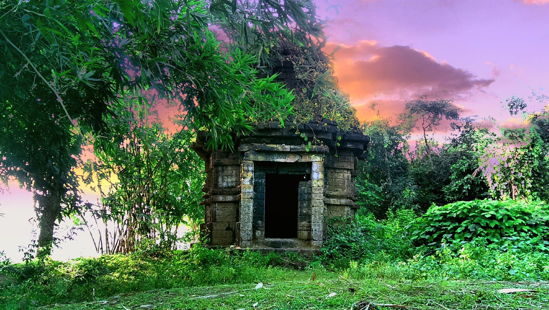 Untold Stories Its A God Temple and It has its Own True Stories...Capture by PranoyBanerjee