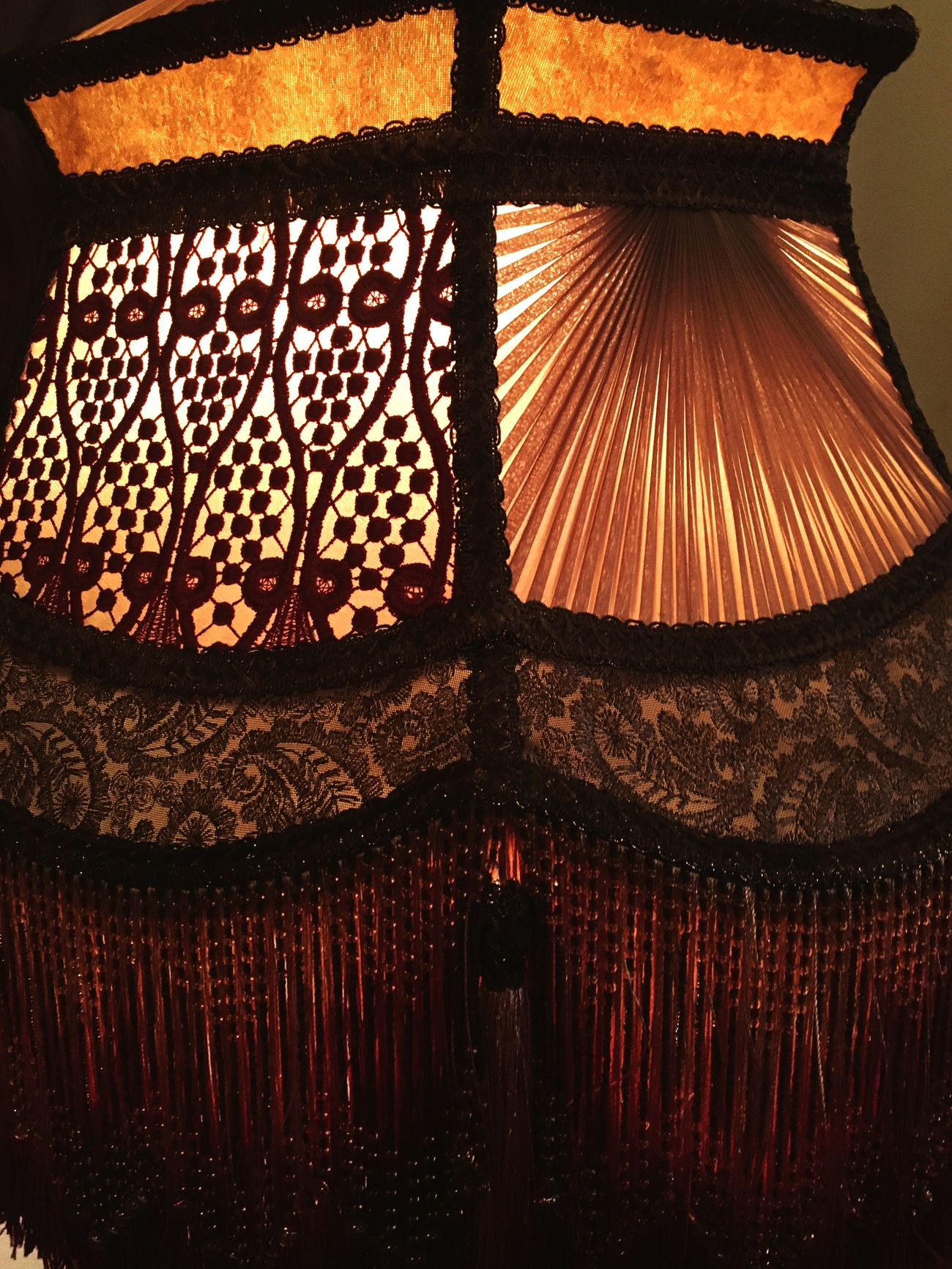 Such beautiful work! Balance Light And Shadow Pattern Art Photography Abstract Photography Columbia River Gorge Troutdale, Oregon Mcmenamins Wood Village Warmth Warm Colors Warm Lighting Victorian Style Charm Sparkle Victorian Lighting Lampshade Victorian Fringe
