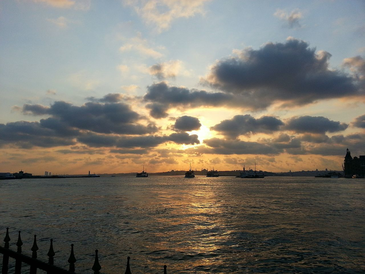 Sunset Sea Beauty In Nature Sky Day Outdoors Travel Photography Istanbul Turkey Dramatic Sky Sea And Sky Türkiye Sunset Photography