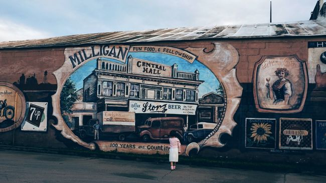 Photo essay, a day in the life. August 24, 2016 Milligan Nebraska 35mm Camera A Day In The Life Art Building Exterior Camera Work Everyday Lives Eye For Photography EyeEm Gallery Eyeemphoto FujiX100S History Mural Photo Essay Small Town Stories Storytelling Streetphotography