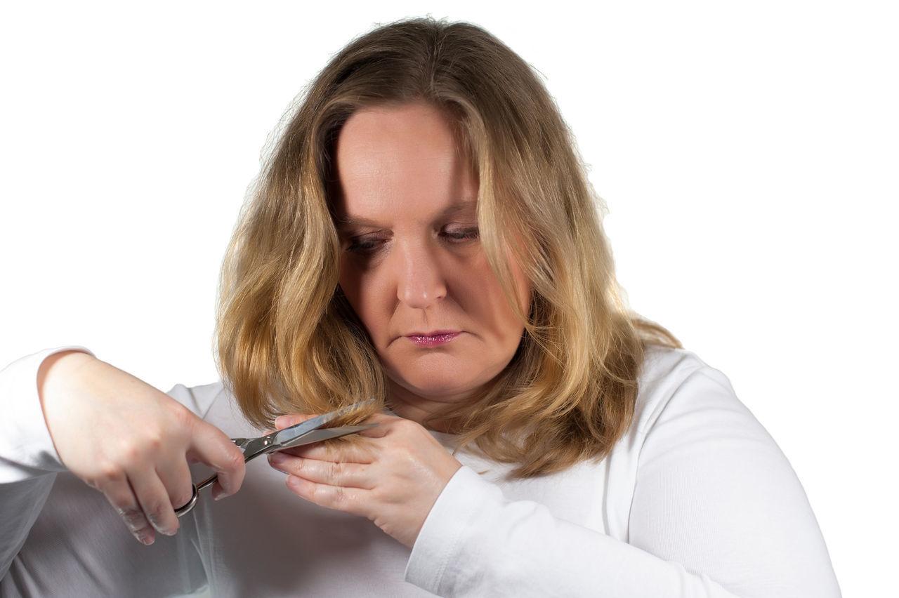 Woman cuts hair Blond Brush Eye Face Hair Hair Brush Hair Cosmetics Hair Salon Comb Hair Scissors Haircut Hairdresser Hairstylist Perm Salon Woman