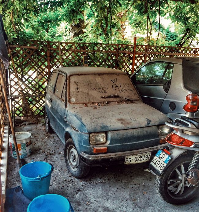 Fiat Bis 500 Fiat500 Transportation Land Vehicle Car Mode Of Transport Obsolete Damaged Vintage Car Abandoned Old-fashioned Run-down Stationary Old Deterioration Rusty Retro Styled Garage Travel Abandoned_junkies