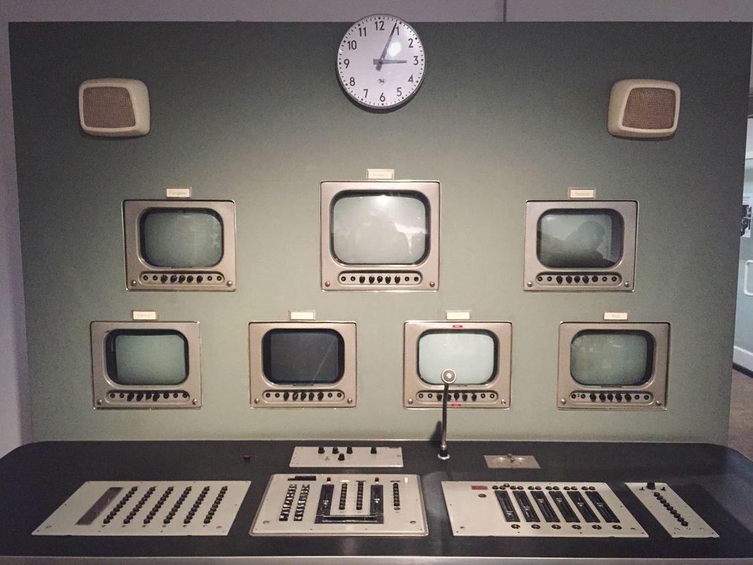 Open Edit Communication TV Studio Screen Technology Transmission Retro Seventies