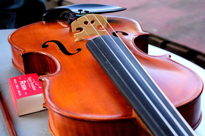 Close-up Detail Focus On Foreground Instrument Music No People Rosin Selective Focus Still Life String Instrument Violin First Eyeem Photo EyeEm Gallery EyeEm Best Shots Wood Wood Work Wood Working