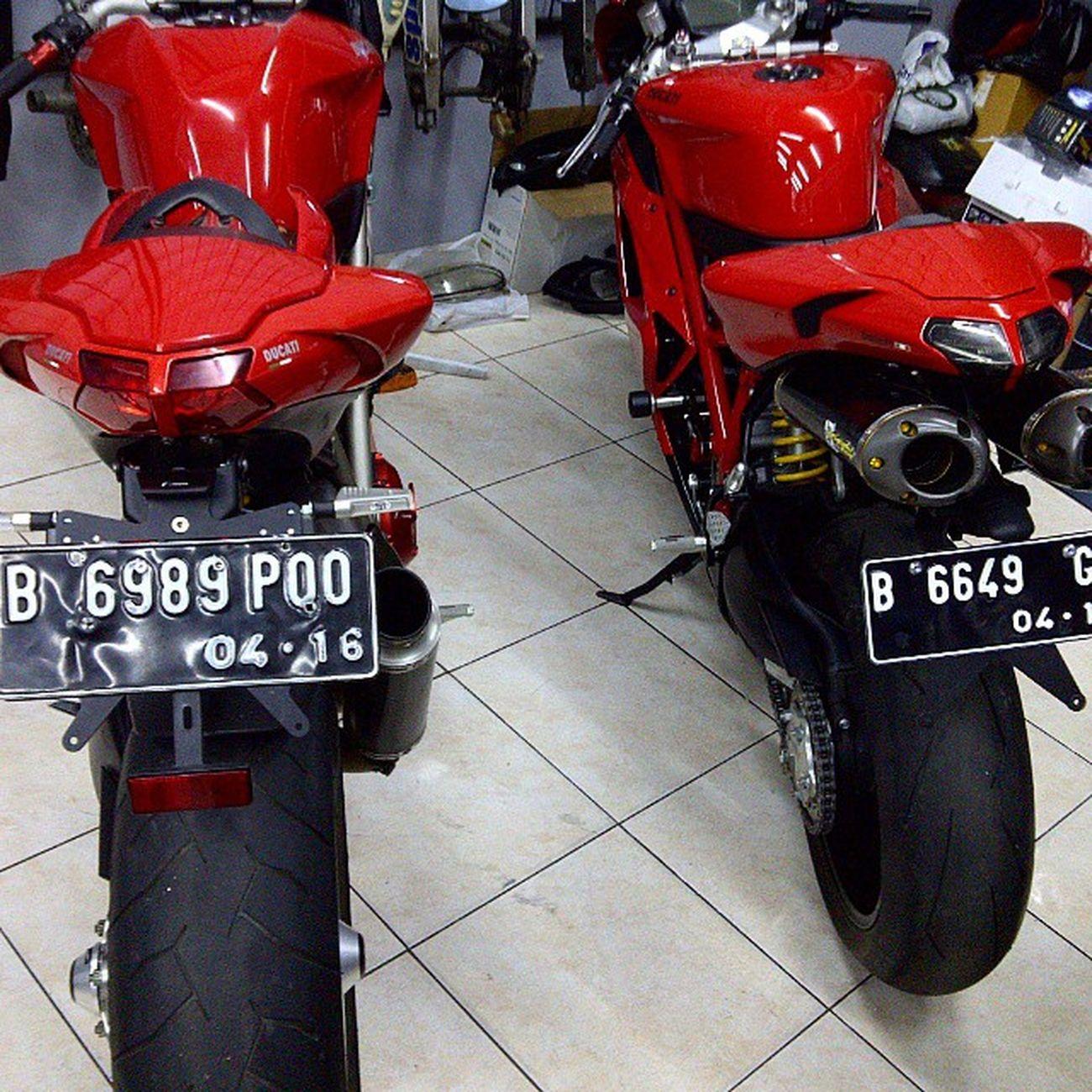 Ducati Ducatisti Ducatista Ducatistreetfighter S 1098 Ducati848 848 Rizoma Ohlins Brembo  Pirelli Italia @ducatisofinstagram