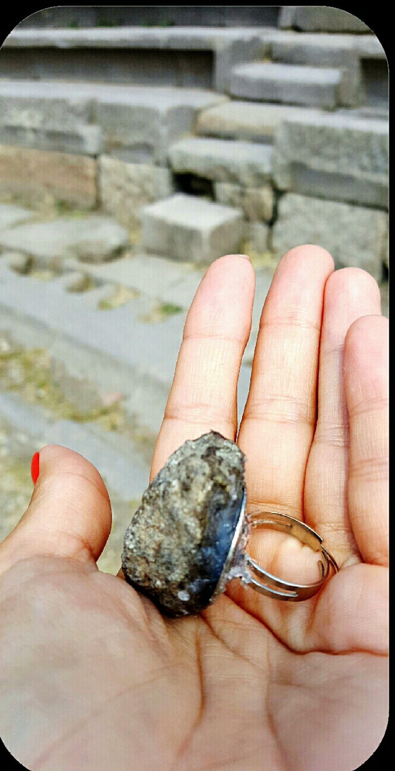 Assos Çanakkale-Turkiye Antik Kent Antik Theater Antiktiyatro Tasdevri Tektaşdevri Tek Taşımı Da Aldım Hadi Hayırlısı 🙈😊😊 Bu Cocuklar Bır Harıka 😘 Rings♥ MyRing Inmyhand Inmyhands