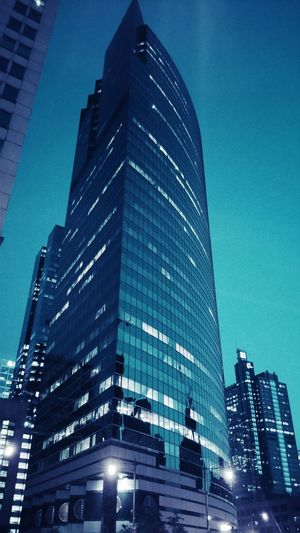 Downtown Chicago Skyscrapers Colorized Big City Taking Photos Riverside Nuveen Night Lights Skyline Steel And Glass Reflection Cities At Night