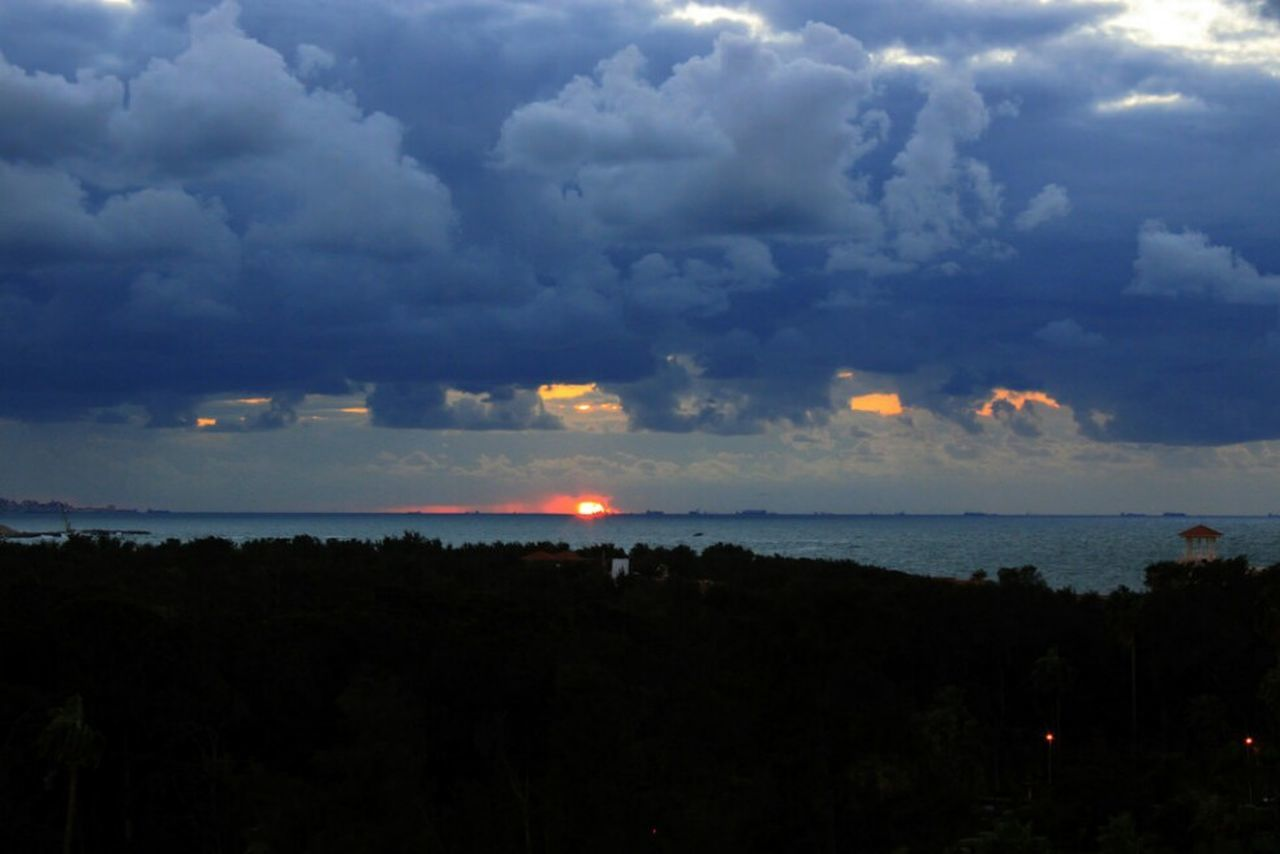 sky, nature, beauty in nature, silhouette, scenics, no people, cloud - sky, landscape, outdoors, sea