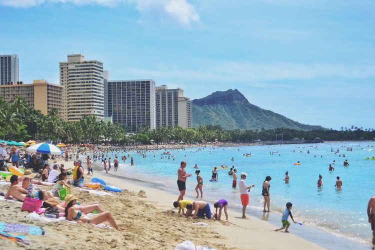 Sea Large Group Of People Beach Sky Water Women Vacations Real People Lifestyles Leisure Activity Building Exterior Shore Outdoors Nature Men City Day Weekend Activities Built Structure Scenics Hawaii Waikiki Beach Famous Place Beachphotography Bluewater
