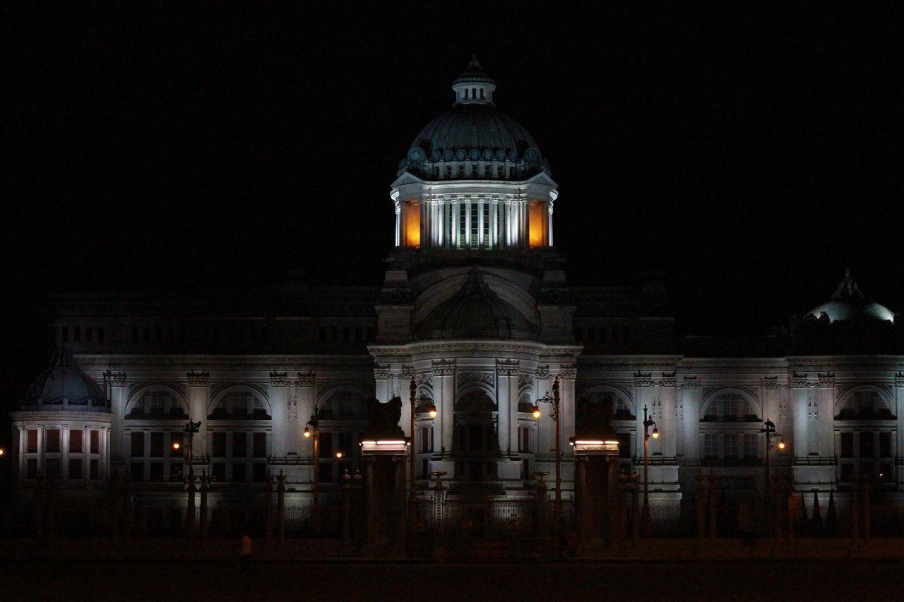 Phra thinang ananta samakhom Castle Thailand Building Nightphotography Bangkok Bangkok City Night Landmark