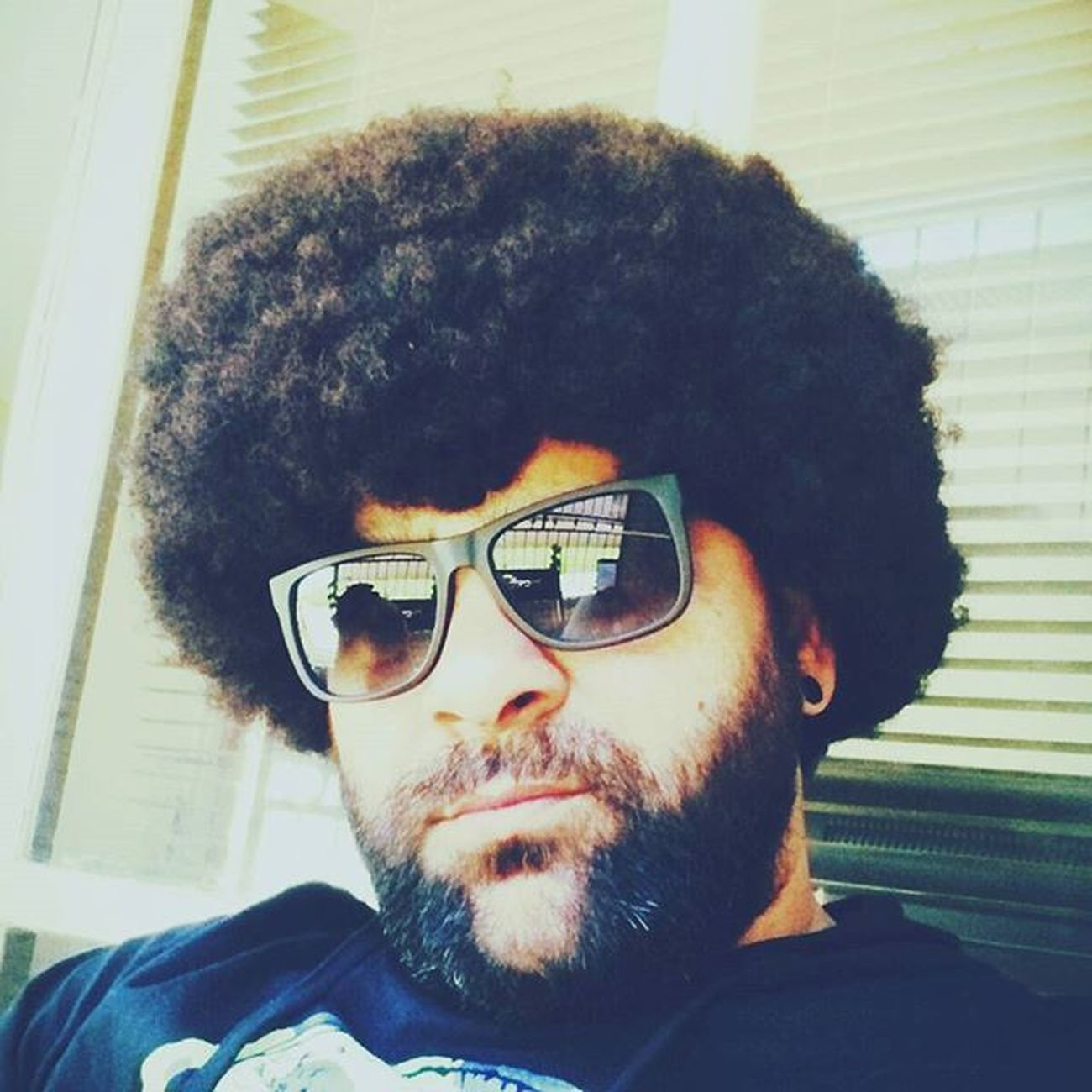 Retro Afro Afrohair AFROJACK Afrohair Afropunk Beardedthug Beardedthug Beardlove Beardlife Beardlifestyle Pogonophilenation Beardedbrotherhood OneLove to all Beardedbrothers & Non -bearded sisters Worldwide