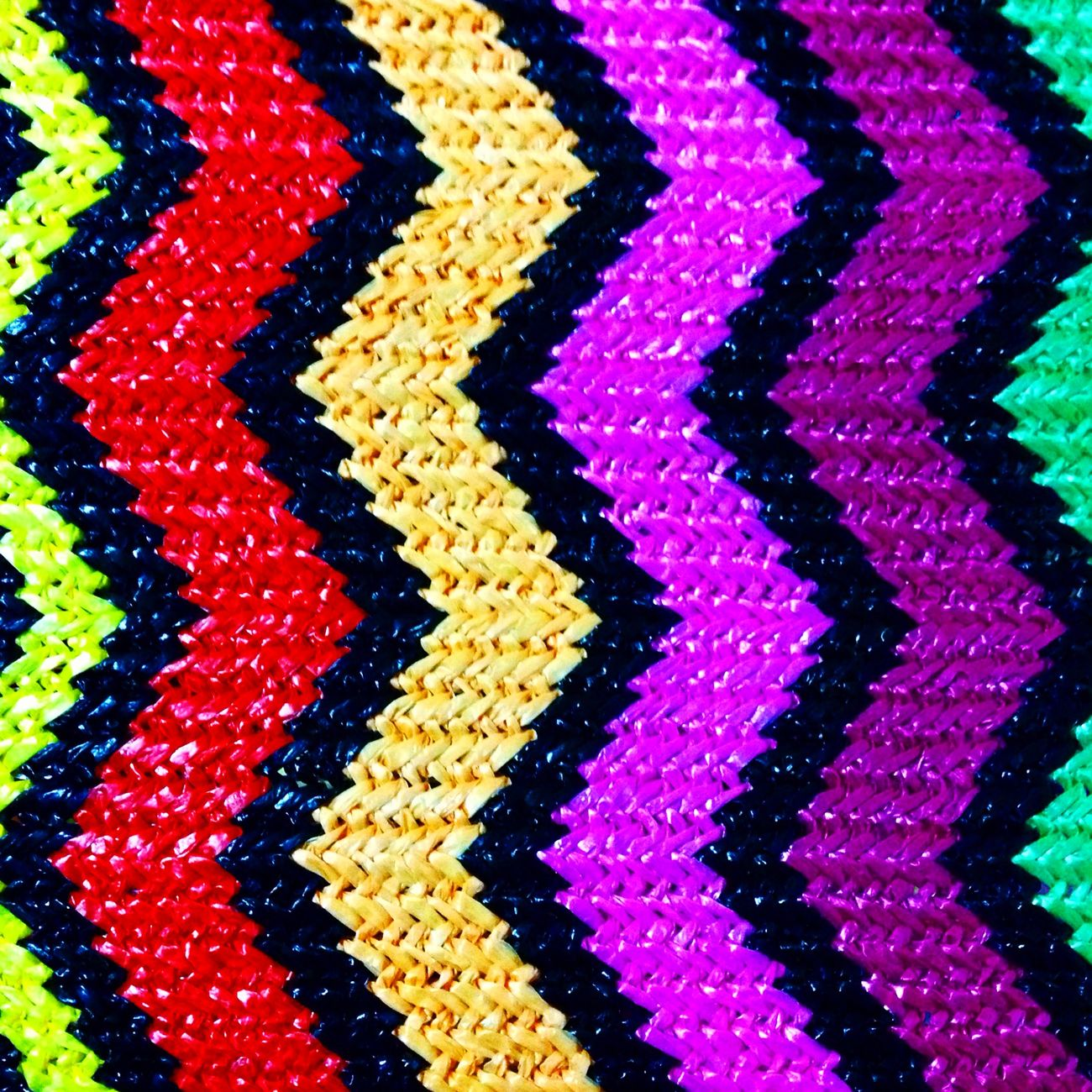 New in my studio💖 Material Design Artisan Peruvian Embroidery Zigzag Colors Fabric Bagdesigner Laviniafenton