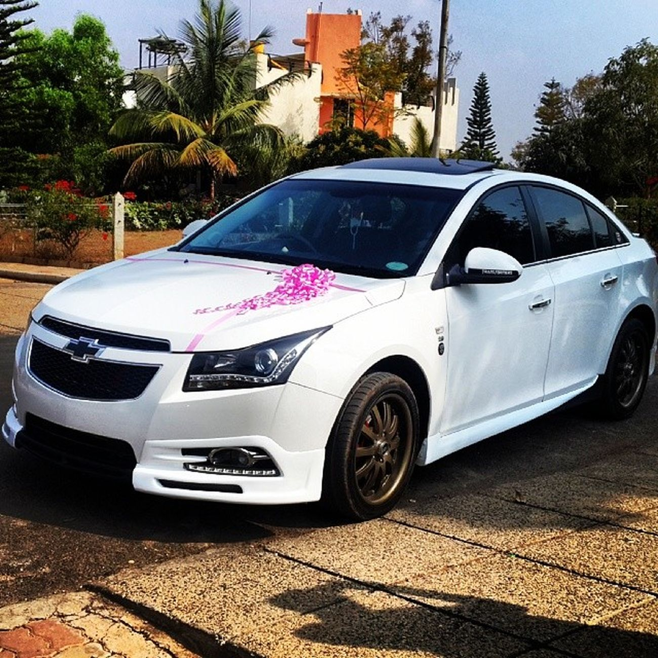 Wedding cruzeee Chevy Cruze Wedding Car whiteandpinkcruzeworldcruzenationcruzeteamchevycruzechevyteam