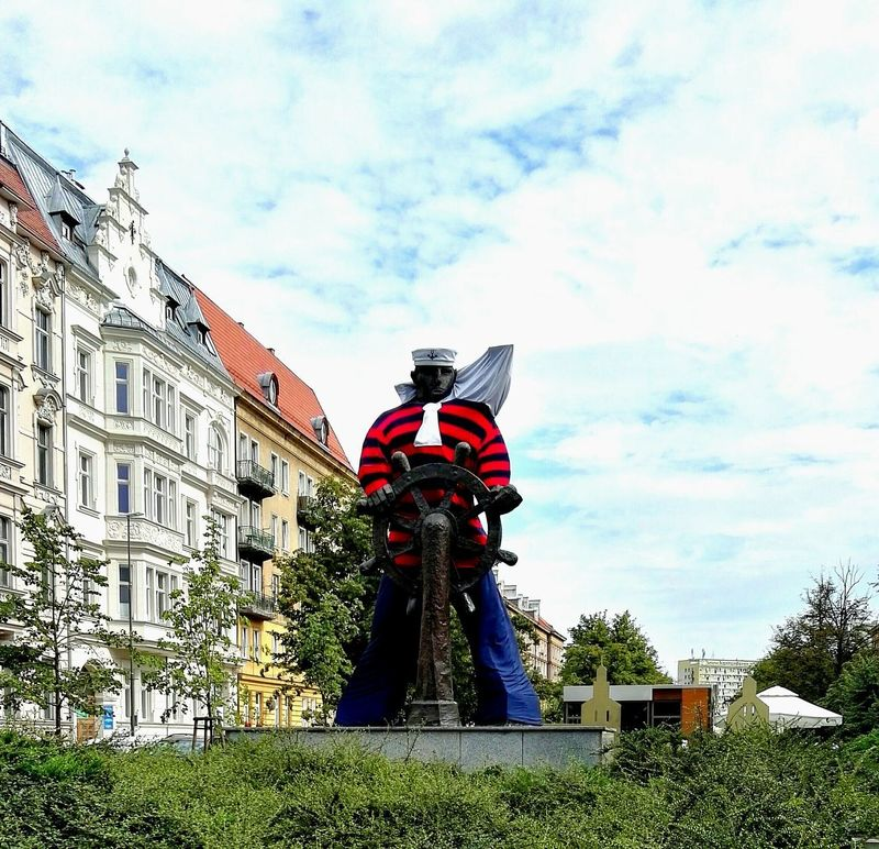 Check This Out a Sculpture of a Sailor in Stettin Poland Close-up Low Angle View Built Structure Architecture Headwear Sky Protective Workwear Outdoors Building Exterior Streetphotography The Street Photographer - 2017 EyeEm Awards Eye4photography  Breathing Space Street Photography Sculpture In The City Sculptureporn Sculptures Day Tourism Travel Destinations Investing In Quality Of Life