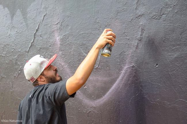 Streetphotography Grafitti Streetart Photography HipHop Photoart Nikonphotography Fotografiaderua Victornatureza Vitaonatureza Olharnatural Poeticadacidade Artefotografia Hiphopemaçao Universodacor Naturalphotography