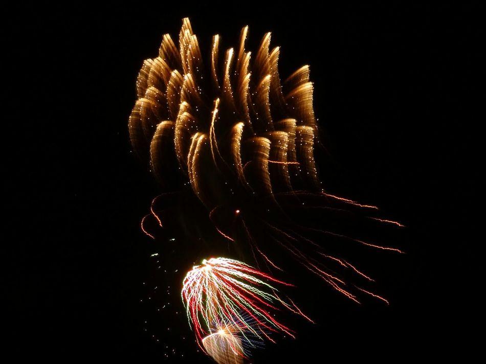 Glitch fireworks Tracers li Light Painting
