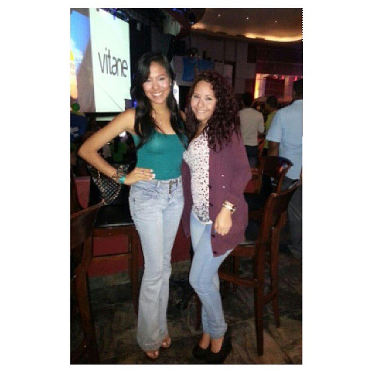 Karaoke de las estrellas Salidadechicas Loveu Buenmartes