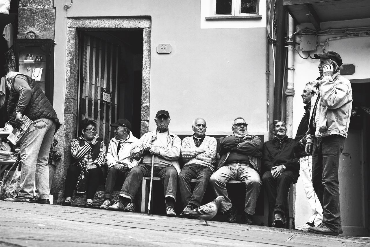 Real People Day Men Sundaymorning Timelessness Endless Talks Another Day On Earth Riomaggiore, Cinque Terre Italy 🇮🇹