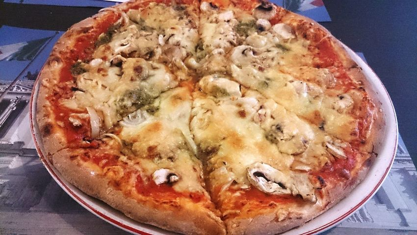 Whatsonmyplate esta noche Pizza Time un pizza Genova