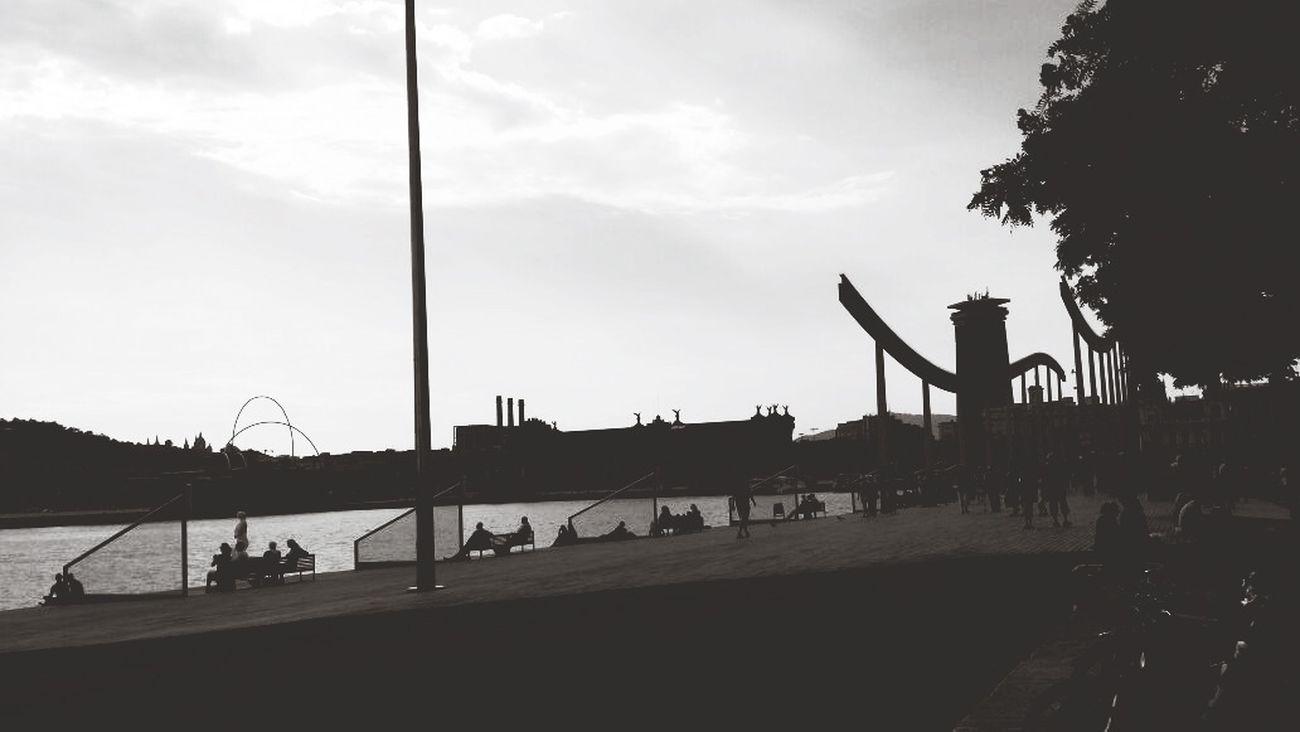 L'illusione di un momento Barcelona Rambla Del Mar Emozioni