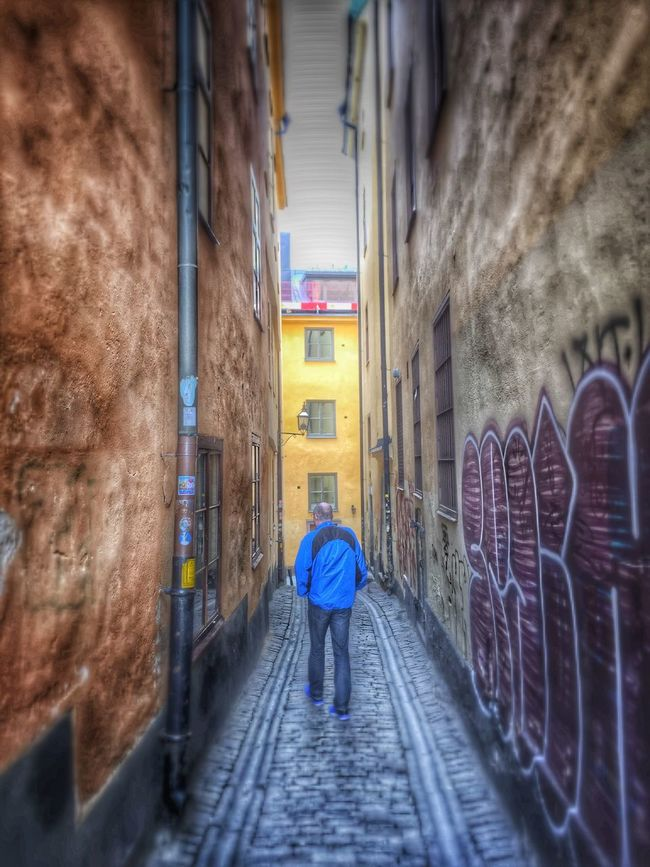 Old town Stockholm Streetphotography IPhoneography Stockholm Sweden My Smartphone Life Taking Photos Iphoneonly Old Buildings Oldtownstockholm