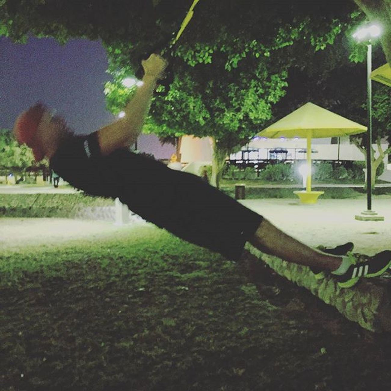 Love this bit of kit TRX Trxrow Tree Park Beachfront Exercise Nighttime Pt  Nike Adidas Ummsequim Dubai Lovedubai