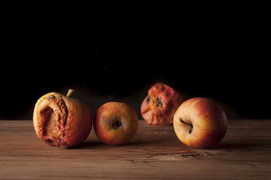 Beautiful stock photos of apfel, Apple - Fruit, Black Background, Close-Up, Copy Space
