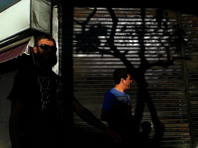 Dès hommes et des lumières (2) Streetphotography AMPt_community WeAreJuxt.com TheMinimals (less Edit Juxt Photography)