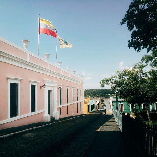 Flag Architecture Patriotism Travel Destinations Government Architectural Column Built Structure Day Meizu Mx6 Venezuela Colonial Colonial Architecture Colonial City Colonial Style