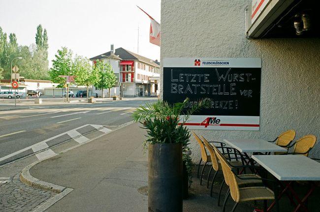 last sausage grill station before the border Kreuzlingen/CH Konstanz/D Now Online Cityscapes Taking Photos Kreuzlingen Sausage Bodenseeregion Hanging Out Switzerland Grilled Meat Bar