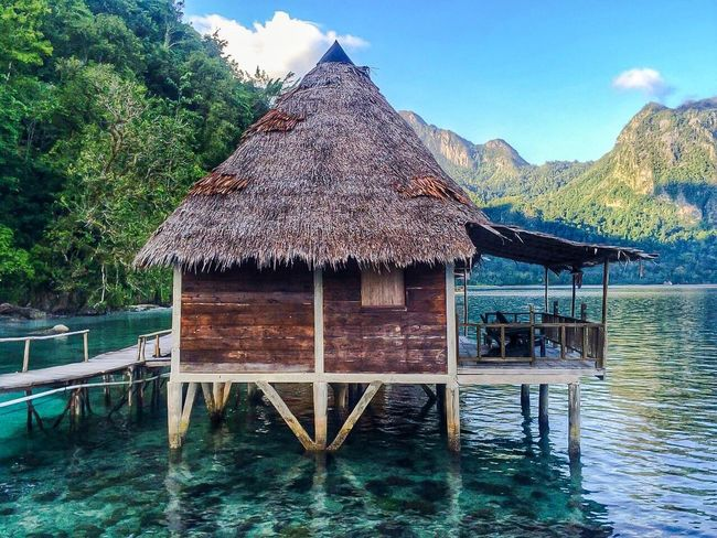 Hidden Beauty Hut Thatched Roof Waterfront Architecture Architecture_collection Architectural Detail Nature_collection Travel Destinations Travel Photography