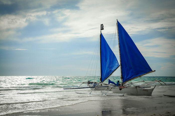 Sail away in boracay. Relaxing Enjoying Life Hanging Out Boracay BoracayIsland Beach Life Is A Beach