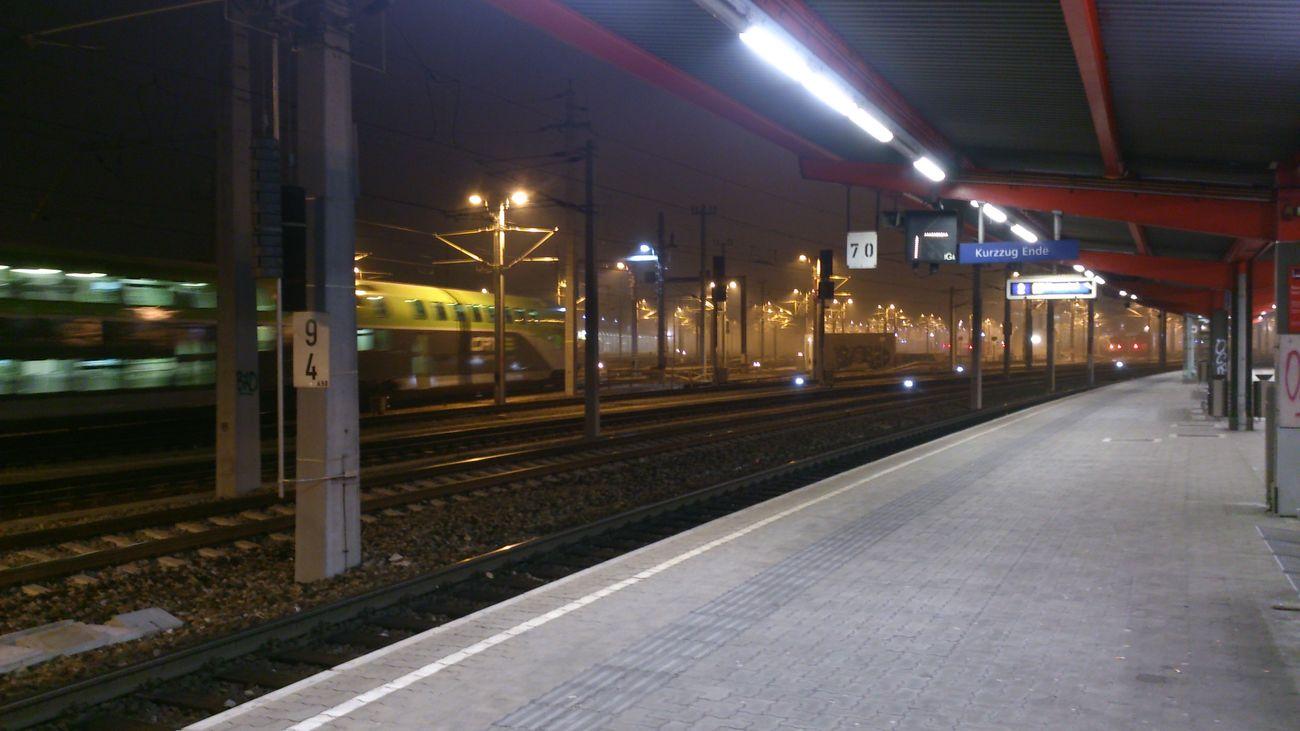 Train Station öbb Bahn