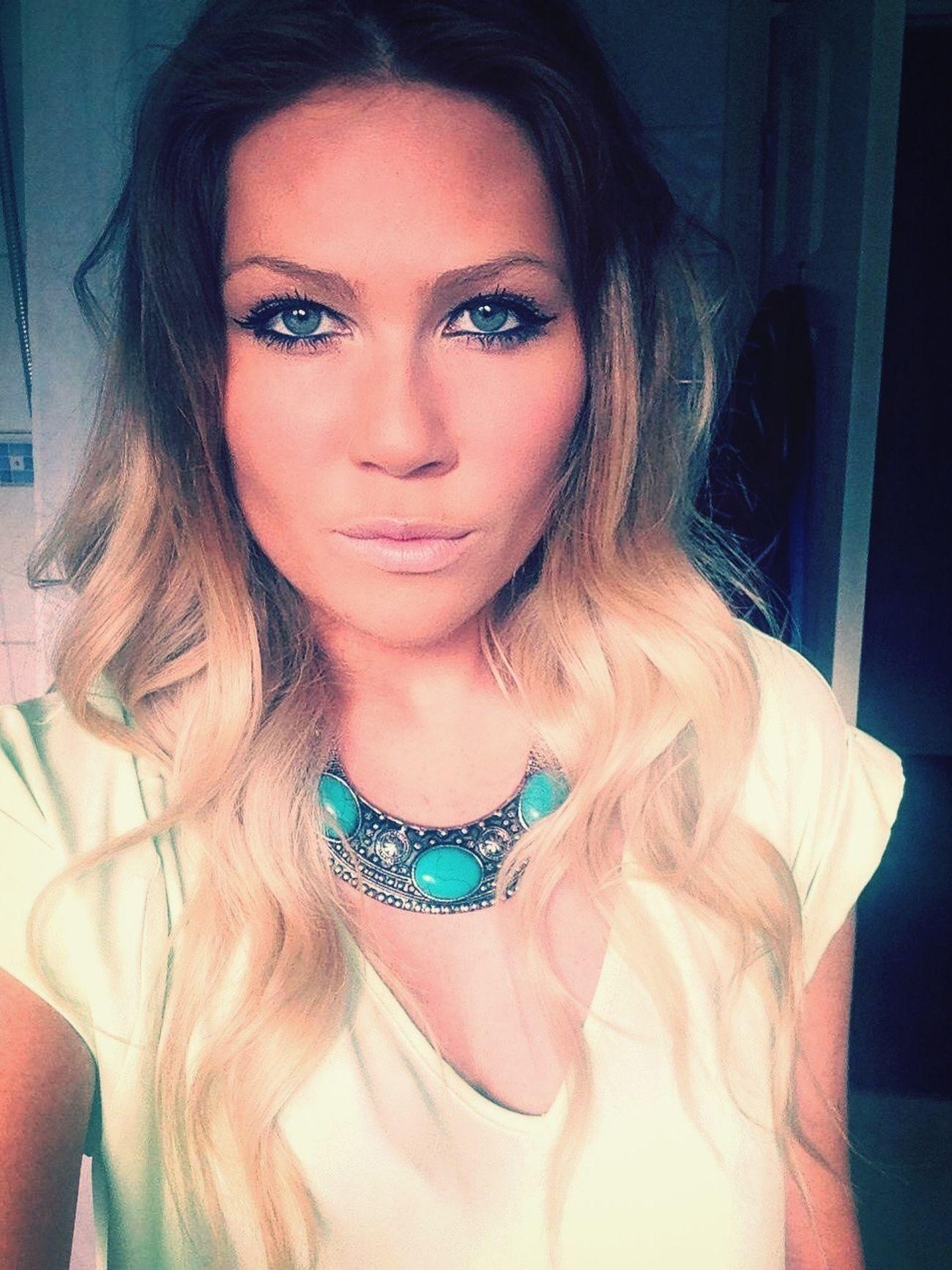 Selfie Turquoise Dip Dye Hair