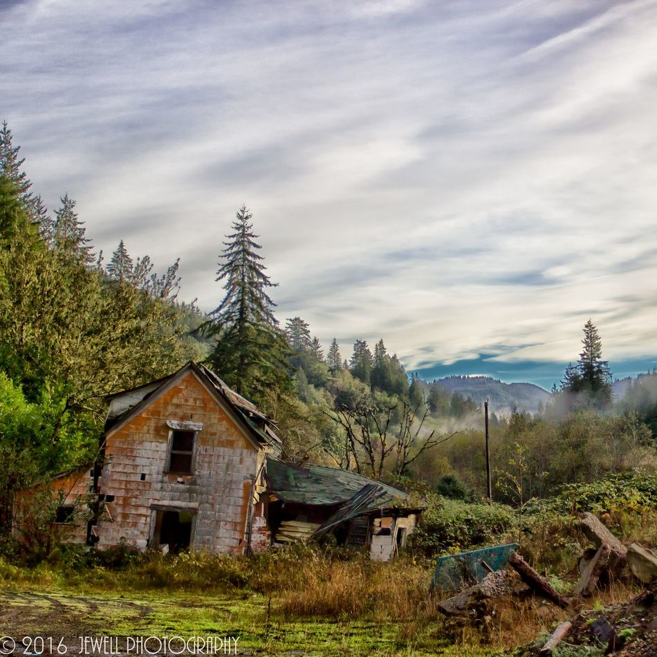 Cloud - Sky Mountain Building Exterior House No People Architecture Forest Travel Destinations Built Structure Landscape Nature Grass Coos Bay Jewell Photography Oregon Outdoors DSLR Photography Oregon Coast Outdoor Photography Canonphotography Northbend