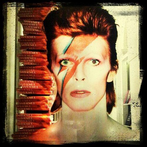 Superbe Expo David Bowie à Victoria & Albert Muséum Londres À voir absolument si vous passez par là!