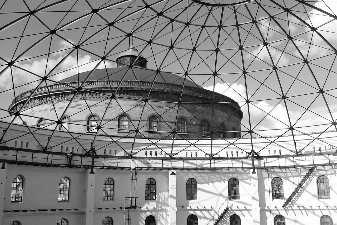 Architecture Arena Arts Culture And Entertainment Asisi Asisi Panometer Asisi Panorama Black & White Black And White Blackandwhite Building Exterior Built Structure Leipzig Light And Shadow Low Angle View Monochrome Monochrome Photography No People Panometer Pattern Reflection Sky