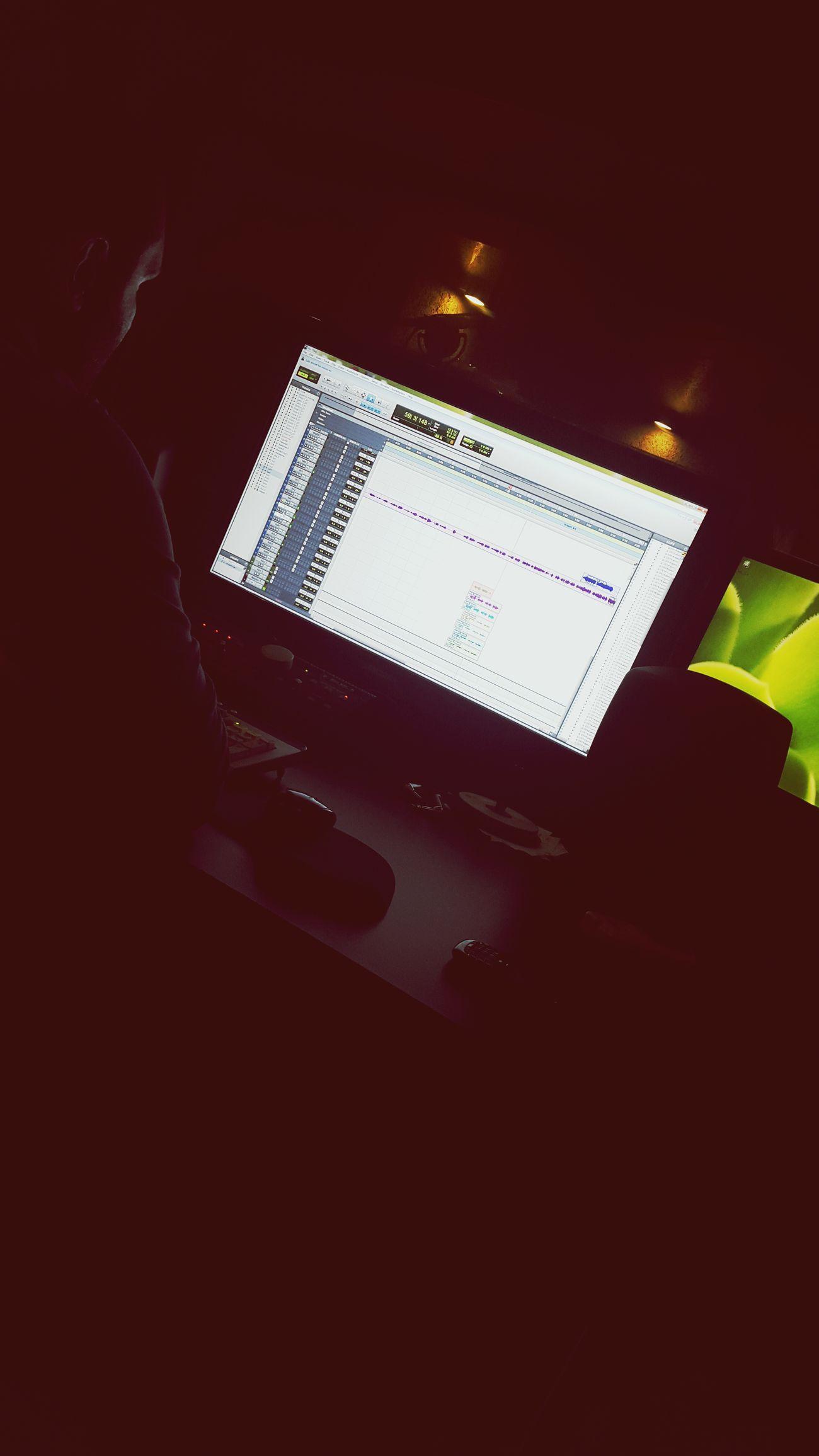 The Week On EyeEm Taking Photos Studio Enjoying Life Music Ramichalhoub New Hits Music Is My Life New Album Happiness