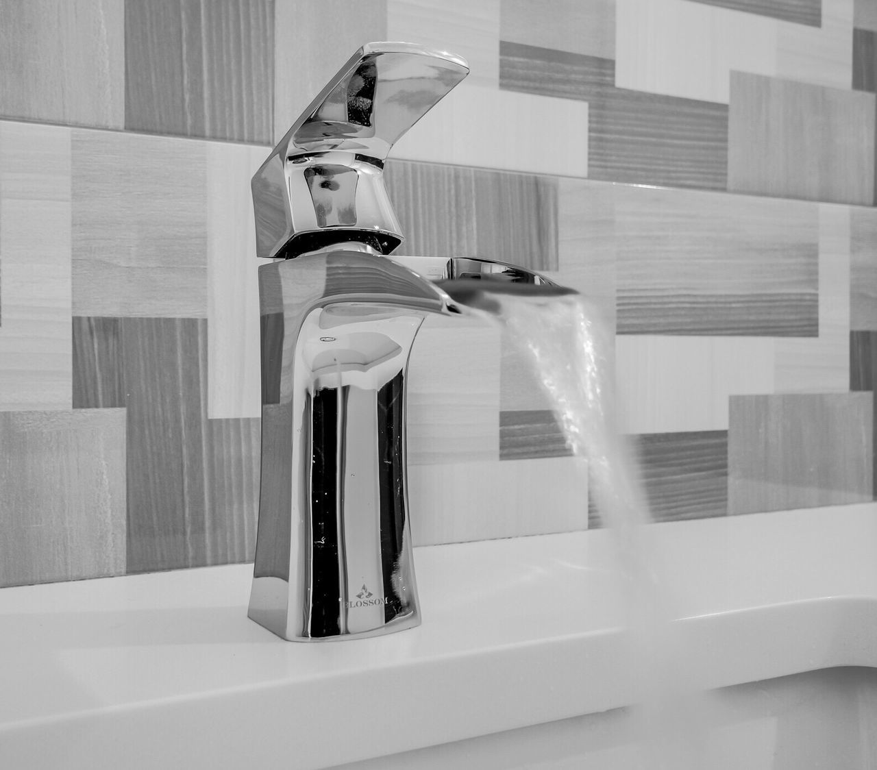Running Faucet Faucet Faucets Running Water Fixture Bathroomfixture Bathroom