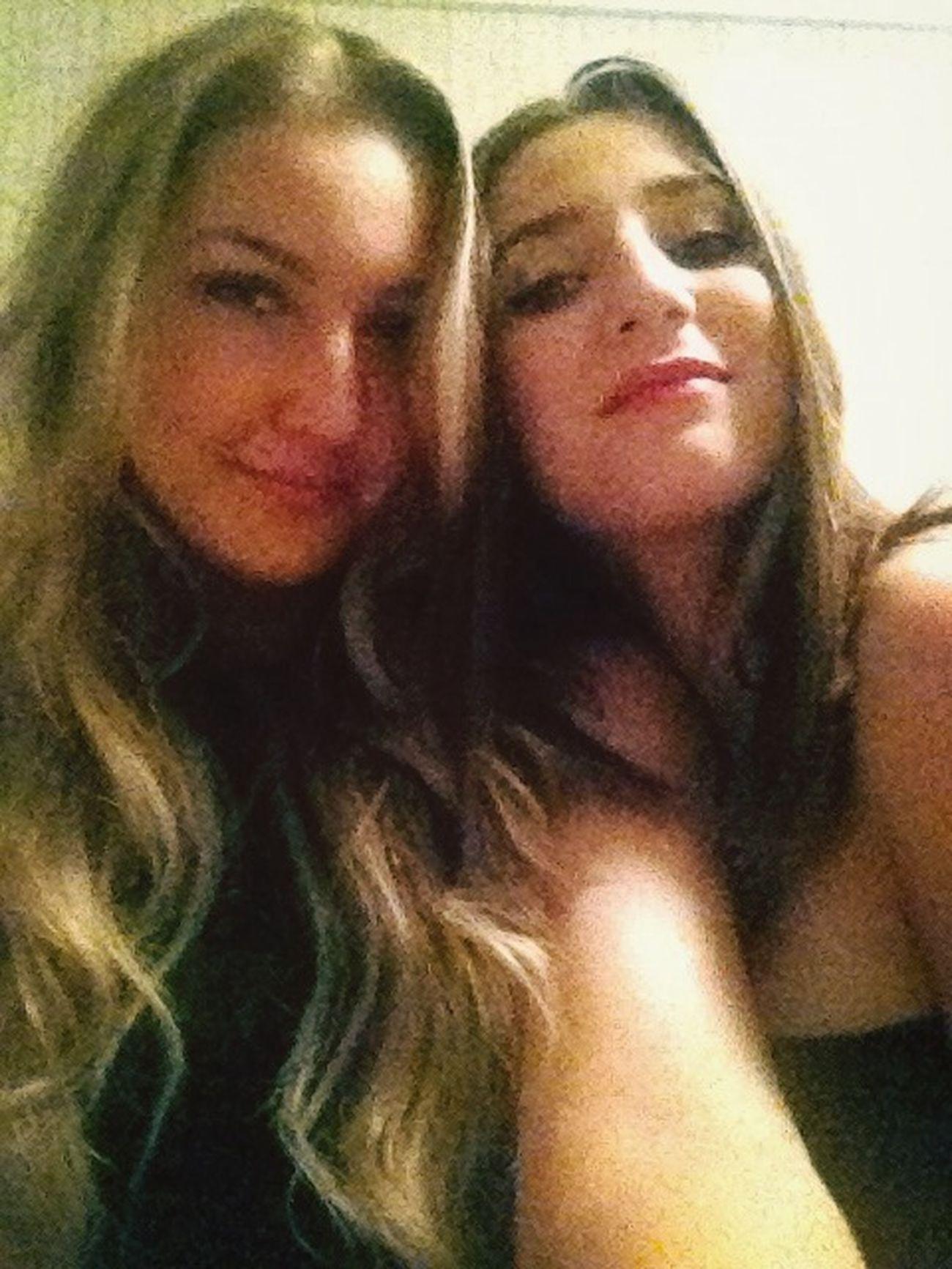 Love this girl Best Friend My Love Loveyoutothemoonandback