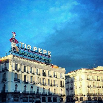 Apocalyptic sky over Madrid. Skyporn Clouds Madrid Granvia Tiopepe Signs Square Latergramming Traveling Sightseeing SPAIN España Rayoflight