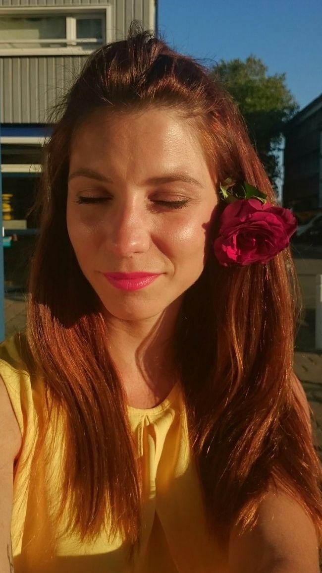 Relaxing Fresh Air Enjoying The Sun Rose🌹 Followme Flowers Modelgirl Italiangirl Hello World