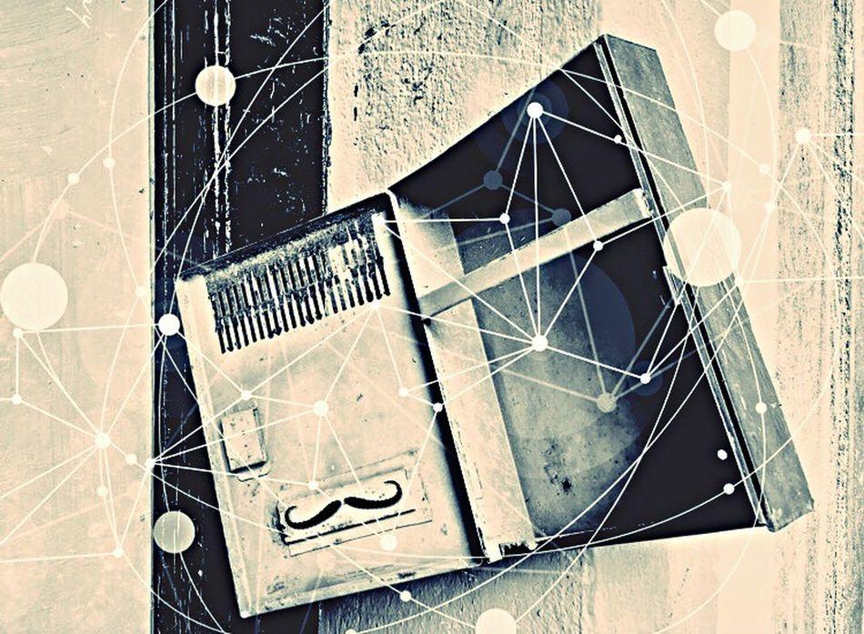 Boîte Aux Lettres Box No People Close-up Communication Geometry Architecture Bianco E Nero Black And White Noir Et Blanc Stonegraphix Effects Lausanne Moustache Baffi Complexity ArtWork EyeEmNewHere Old Vecchia Scatola Sur Orbite Monsieur Moustache