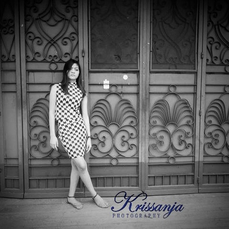 My first published photograph as Krissanja. Thank you my friend for being my subject Black And White Rooseyrose First Eyeem Photo KrissanjaPhotography